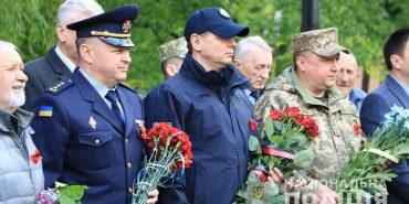 Поліцейські Прикарпаття вшанували пам'ять загиблих у Другій світовій війні