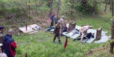 На Коломийщині учнів вчили стрільби з автомата. ФОТО
