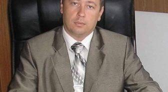 """""""Арешт на майно, тримання під вартою"""": суд відсторонив керівника одного з інститутів Коломийщини, який взяв хабар 4000 гривень"""