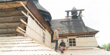 На церкві Благовіщення в Коломиї замінили більше семи тисяч ґонтин ФОТО