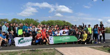 День біганини на міському озері. Близько 100 учасників відзначили першу річницю Runday Коломия. Фото