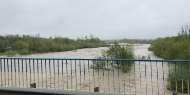 На Коломийщині суттєво піднявся рівень води у річках. ФОТО