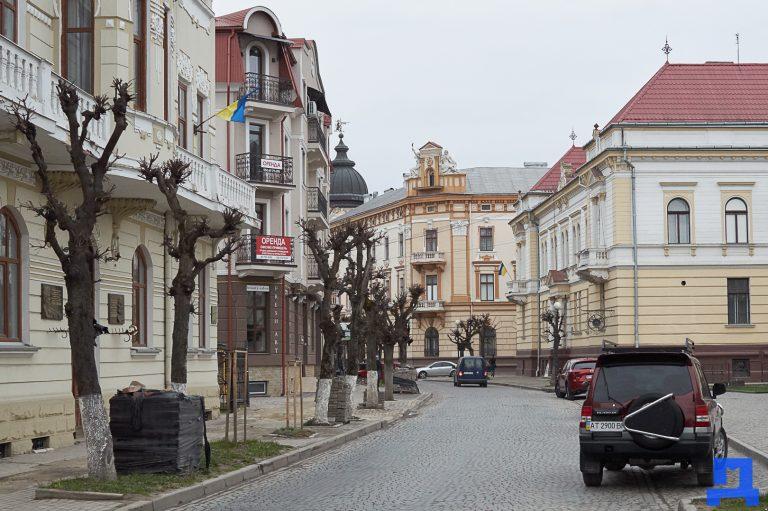 Похмуро, але без опадів: погода в Коломиї на 26 травня