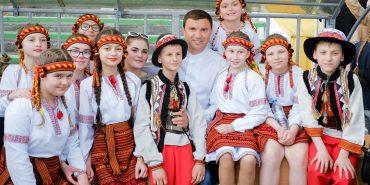 ВІДЕО. Андрій Іванчук привітав українців з Днем вишиванки