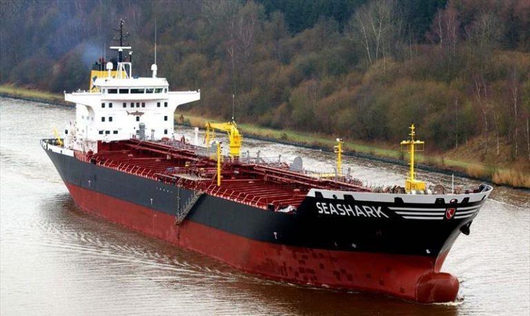 """""""Життя екіпажу під загрозою"""": єгипетські військові затримали танкер з українськими моряками"""