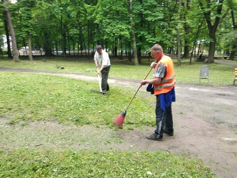 У Коломиї впорядковують парк ім. Трильовського. ФОТО