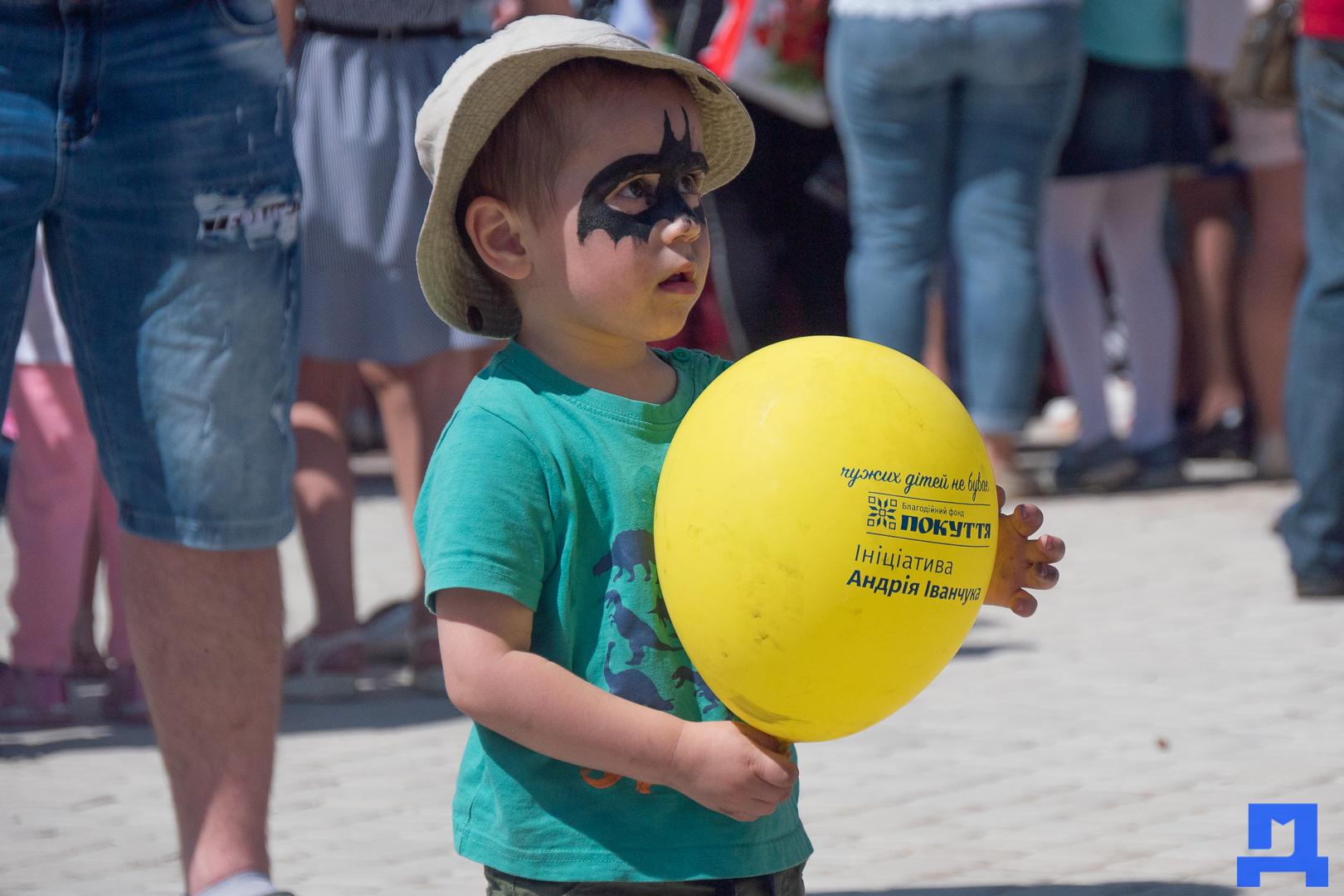 Дитячі майданчики та комп'ютерні класи: у Городенці яскраво відзначили день захисту дітей. ФОТО 10