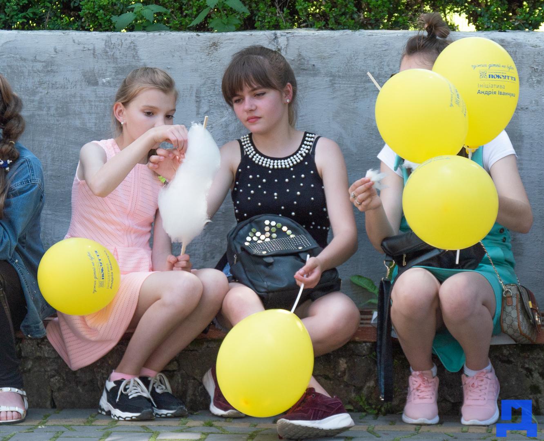 Дитячі майданчики та комп'ютерні класи: у Городенці яскраво відзначили день захисту дітей. ФОТО 2